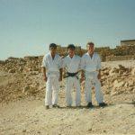 1995 - Agosto - Mirko Togni, Alex Guillen e Giorgio Di Resta a Masada in Israele, durante la celebrazione del 25°anniversario d'Israel Shotokan.